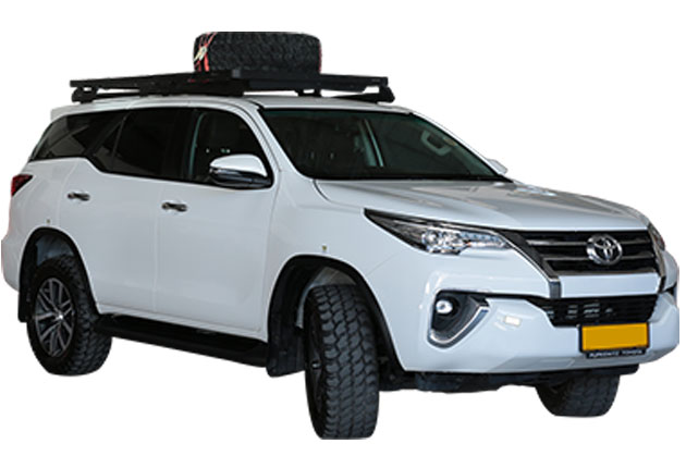 Autohuur-Namibie-Toyota-Fortuner2.8GD-4x4-Stationwagon-01