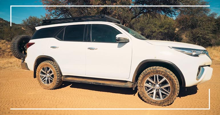 Autohuur-Namibie-Toyota-Fortuner2.8GD-4x4-Stationwagon-05
