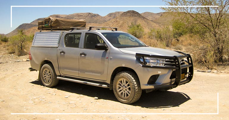 Autohuur-Namibie-Toyota-Hilux-2-4TD-4X4-Double-Cab-Camping-2-pax-04